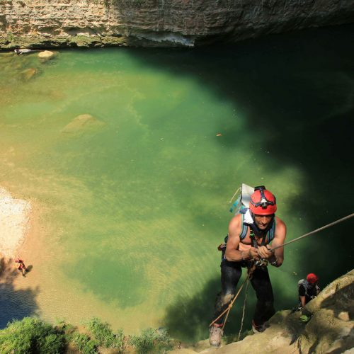 Rappelling into the La Venta river